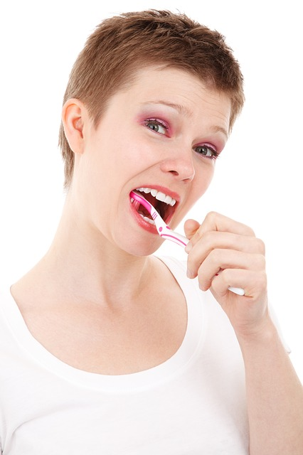 brushing for whiter teeth